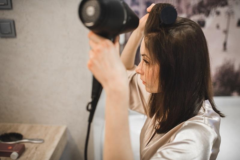 Dzień przed ślubem – zadbaj o włosy.